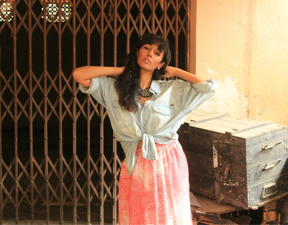 denim oversized shirt blue maxi skirt printed fringe fashion style beauty lookbook street style shoot photography summer resort dark dusky model indian hyderabad blogger conceptualizer concept naznin suhaer I dress for the applause