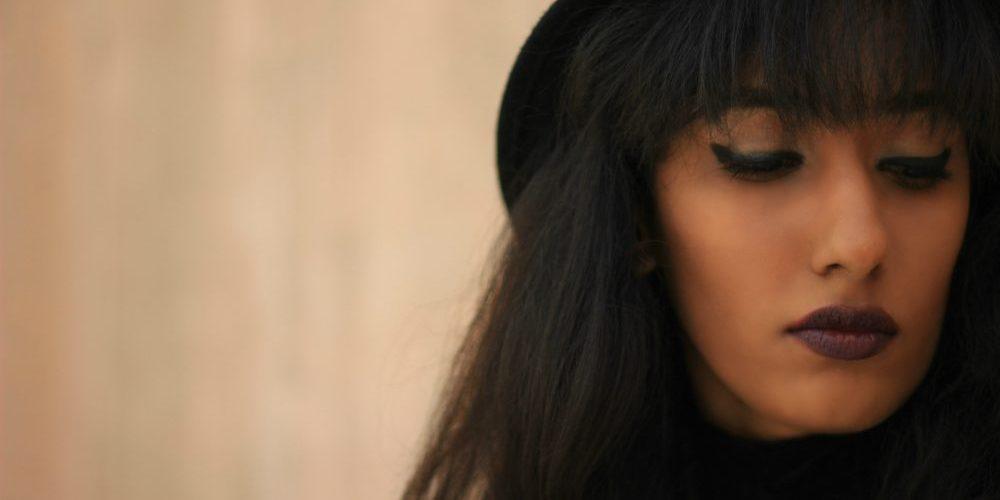 Naznin Suhaer ; I Dress for the Applause ; Hyderabad fashion bloggers ; Hyderabad fashion blogger ; Zaful ; Shirt Dress ; Checks ; Choker ; 70s fashion ; streetstyle ; street fashion ; Lookbook ; Hat ; wine lips ; winged eyes ; new look ; Winter fashion ; Vintage ; Dark ; Fashion Photography ;