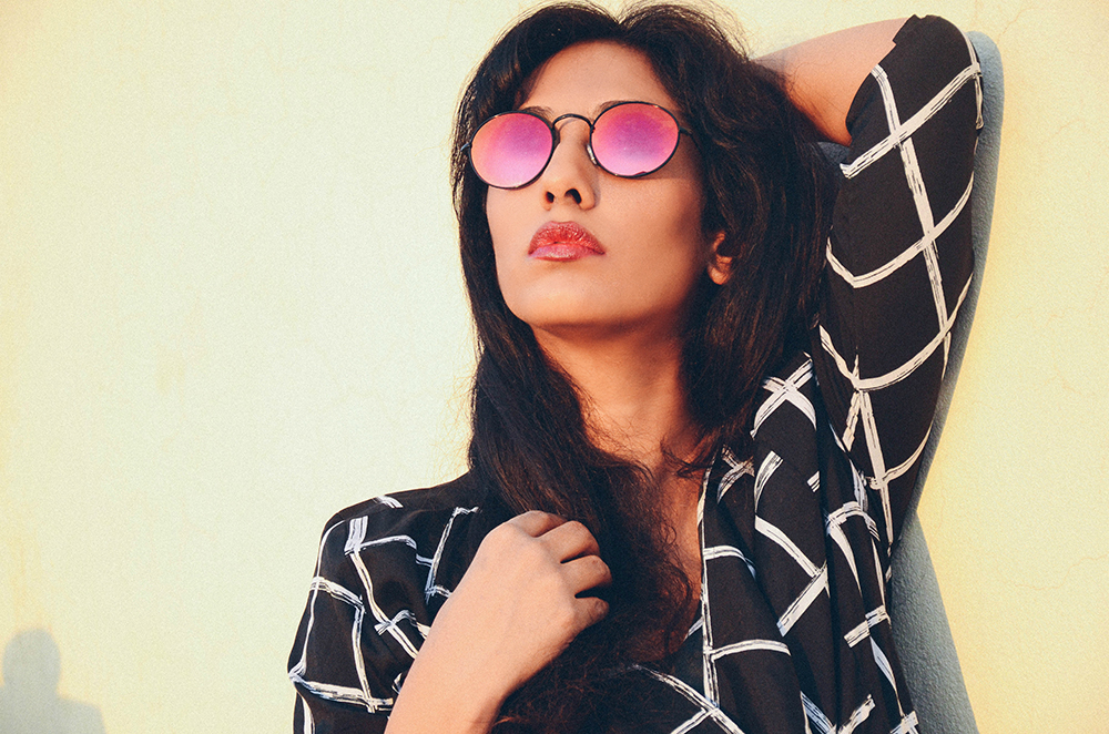 Lookbook ; The Label Life ; Black ; Summer Layering ; Checks; Tinted Glasses ; Outfit ; Lookbook ; Movie Outfit ; Hyderabad ; fashion photography ; dusk ; strong ; Dark ; summer fashion ; summer outfit ; spring ; summer 17; easy chic ; vintage ; Naznin ; Naznin Suhaer ; dusky; model ; hyderabad model ; hyderabad blogger ; indian blogger ; hyderabad fashion bloggers ; hyderabad bloggers ; hyderabad fashion blogger ; I Dress for the Applause ;