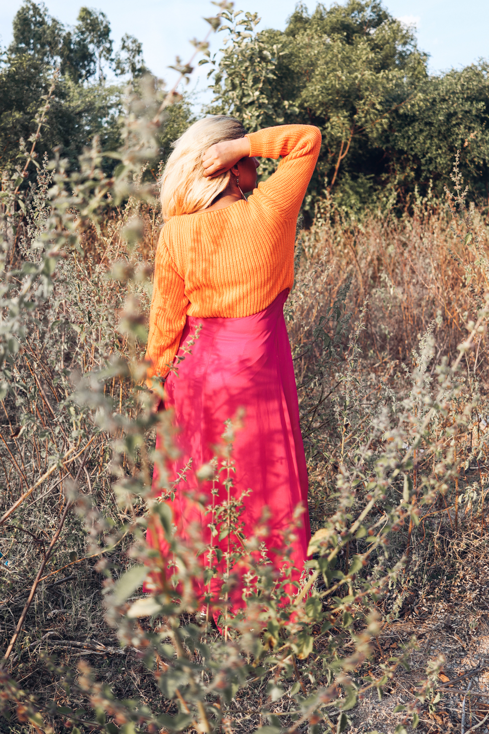 Orange Sweater ; Coral ; Hot Pink ; Maxi ; Winter Wear; Fall Fashion ; Layering ; Blonde ; Conceptual ; Winter Outfit ; Runway Fashion ; Color Pop ; fashion photography ; ootd ; fall look ; winter Fashion ; zaful ; fall 18 ; Hyderabad ; Editorial ; Naznin ; Naznin Suhaer ; dusky; model ; indian blogger ; hyderabad fashion bloggers ; hyderabad bloggers ; hyderabad fashion blogger ; I Dress for the Applause ;